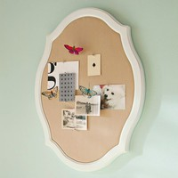 Oval Scalloped Pinboard