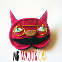 Felt brooch, Mr major cat, the mayor of Outland