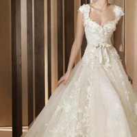Tailor made- flower pattern decorated organza wedding dress from WeiweiK