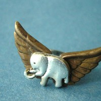 Silver Elephant Ring With Wings on Luulla