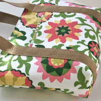 Small Handbag/Purse Magnetic Closure Pink Green Floral