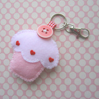 Cupcake Keyring Charm - Strawberry | Luulla