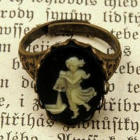 Vintage Zodiac Cameo Ring - Aquarius - $17.50 : RagTraderVintage.com, Handmade Indie Retro Accessories