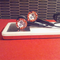 Tiny Skull Red and black earbuds