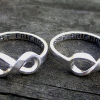 Hand Stamped Best Friends Infinity Ring Set by door donnaOdesigns