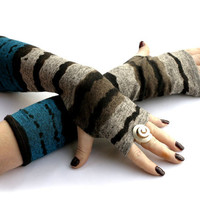 Soft and Warm striped arm warmers, fingerless gloves, mittens, Hand Warmers , Cuffs , wool, knitted