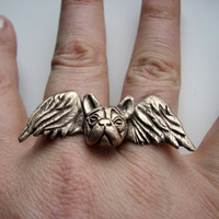 Bulldog angel knuckle ring