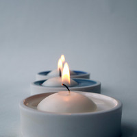 Floating candle holder set