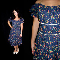 Vintage Navy Blue Flower Dress -  Size Medium / Large 1960s Full Skirt Fashion / Floral Flow