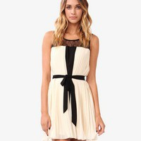 Lace &amp; Pleated Swing Dress | FOREVER 21 - 2030188029