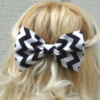 Chevron black and white bow hair clip - big bow - bow barrette - kawaii - feminine