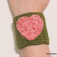 Olive Green Cotton Crochet Cuff Bracelet with Pink Heart, Valentine cuff, mushroom print lining ready to ship.