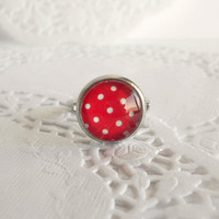 Pretty Red & White Polka Dot Glass Cabochon Ring in Silver - Retro Style Jewelry - Valentines Day Gift Ideas