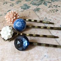 Blue & Blush Pink Flower and Ornate Glass Hairpins / Hair Pins / Bobbypins / Bobby Pins Set : pale pink, white mini floral, small jewel