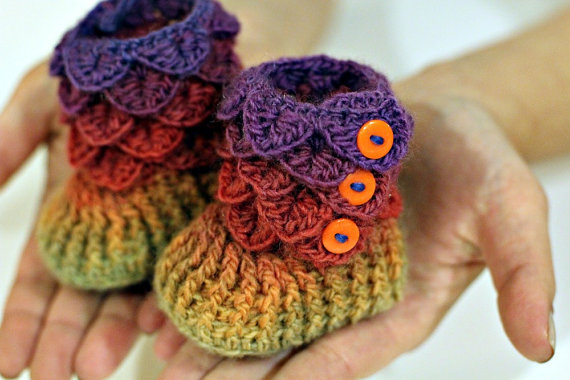 Crocodile Stitch Booties Baby Sizes  Crochet by bonitapatterns