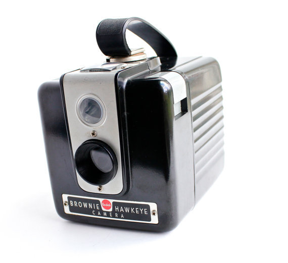 Vintage Kodak Brownie Hawkeye Camera - 1950s Black Small Bakelite Camera / Tiny Photography