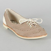 Bumper Eugenia-02 Round Toe Lace Up Perforated Oxford