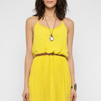 Cami Blouson Dress in Lemon :: tobi