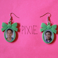 Community couple cameo earrings - Troy and Abed