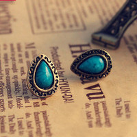 Retro Blue Tophus Water-drop Engraving Earring stud
