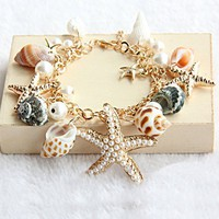 Beach Holiday Bracelet | hallomall ArtFire Gallery