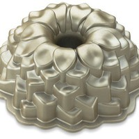 Blossom Bundt&amp;#174; Cake Pan