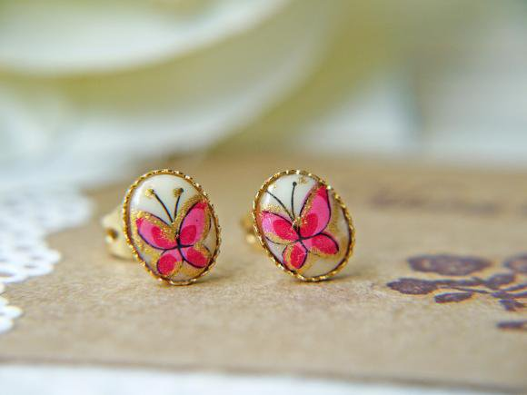 Vintage Butterfly Glass Cabochon Post Earrings. Gold Frame Bezel Setting | Luulla
