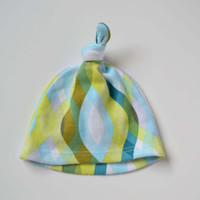 Boys hospital hat. Blue and green print. 100 percent cotton interlock.   Size newborn.   (Made by lippybrand.)