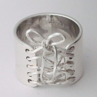 Corset Ring