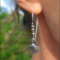 Silver Pewter Seashell Earrings, Valentines Day, Beach Weddings, Bridesmaid Gifts, Seashell Jewelry, Mermaids, Nautical Wedding Jewelry