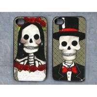 Amazon.com: Mr and Mrs Skully Decorated iPhone 4 Cases Set of 2: Cell Phones & Accessories