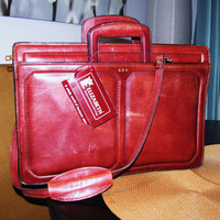 vintage distressed WINE leather messenger bag. leather briefcase. burgandy messenger bag. crossbody messenger bag. Made in the USA