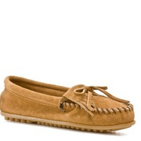 Minnetonka Women's Kilty Moccasin  Flats Women's Shoes - DSW