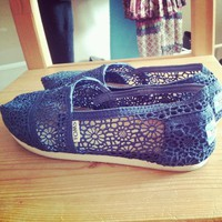 Navy women's Toms croche...