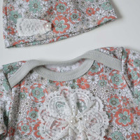 Baby girl take home set. (gown & hat)  Vintage floral print with lace and pearls. Size newborn. (Made by lippybrand.)
