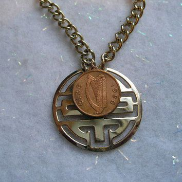 OOAK/UPCYCLE 1986 Irish Penny Coin Necklace by BridgetFainne