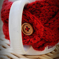 Red Cable Knit Coffee Cozy Wooden Button