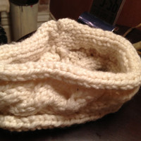 White Cable Knit Headband by AmandasHeadbandas on Etsy