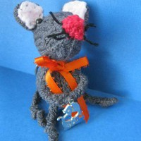 cute little knitted keychain Pisces Mouse by handmadefuzzy