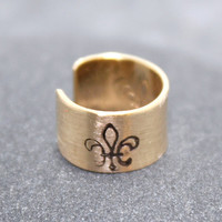 14K Gold Filled 5mm Fleur De Lis Cartilage, Ear Cuff, Band, Wrap