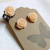 CLEARANCE SALE Apricot Cream Rose Earrings and by craftmepretty