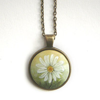 White Daisy Flower, Miniature Painting, Pendant Necklace, Hand Painted, Charm, Short Chain Bronze