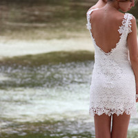 Mini lace dress 'Kisses'