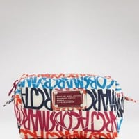 MARC BY MARC JACOBS Cosmetics Bag - Pretty Nylon - Shop The Runway - LOOKBOOKS - Fashion Index -  Bloomingdale's