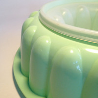 Mint Green Vintage Jello Mold by Tubberware by ModernFiction