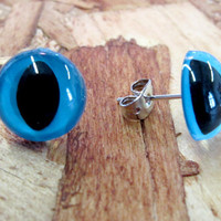 Blue Kitty Eye Earrings by PrettySnake on Etsy