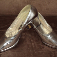 American Girl Heels Disco High Heel Platform Pumps Silver Shoes Vintage 1970s Size 6B