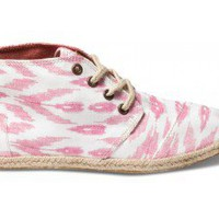 Pink Ikat Women's Sustainable Desert Botas | TOMS.com