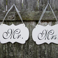 Wedding Signs, Hand Painted Wooden Shabby Chic Decoration Signs, &quot;Mr.&quot; / &quot;Mrs.&quot; Wedding Chair Signs