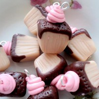 Mini Cake Ice Cream - Choclate Strawberry - 6pcs